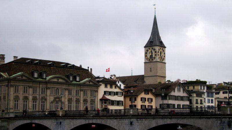 L'église St-Pierre, à Zurich, possède le plus grand cadran d'Europe | © warrenski/Flickr/CC BY-SA 2.0