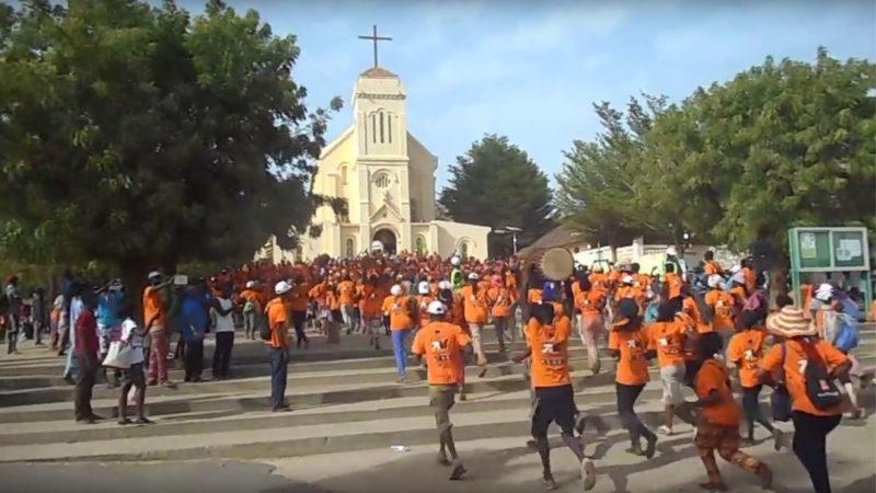Le pèlerinage marial de Popenguine, au Sénégal, a rassemblé plus de 10'000 chrétiens et musulmans. | Capture-écran