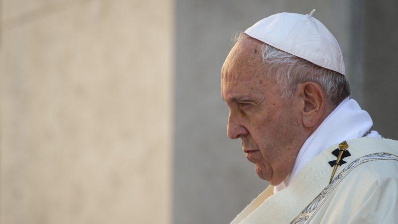 Le pape François célèbre la messe | © Antoine Mekary I.Media