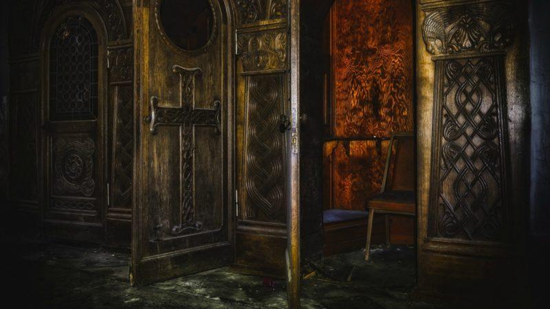 Les prêtres californiens ne seront pas forcés de violer le sceau de la confession (Pixabay.com)