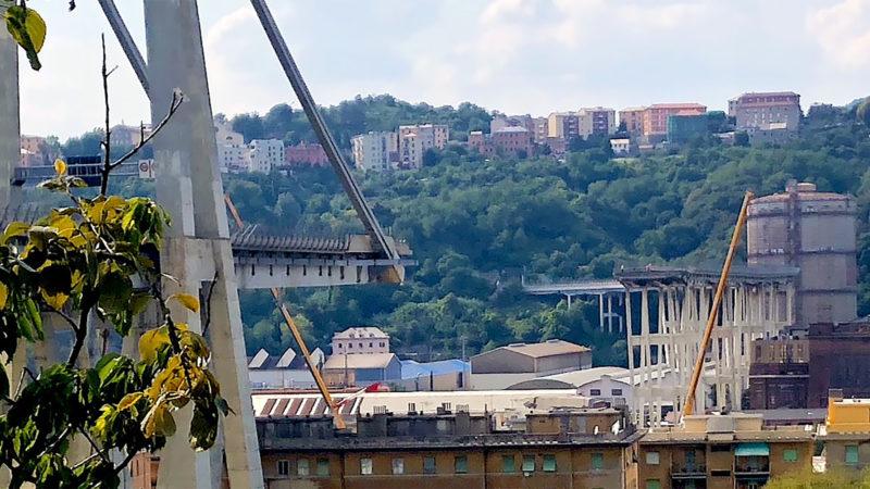Le pont Morandi, à Gênes, quelques jours après l'écroulement du 14 août 2018 | Wikimedia Commons / Michele Ferraris / CC BY-SA 4.0