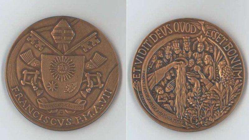 Médaille pour la 7e année du pontificat du pape François