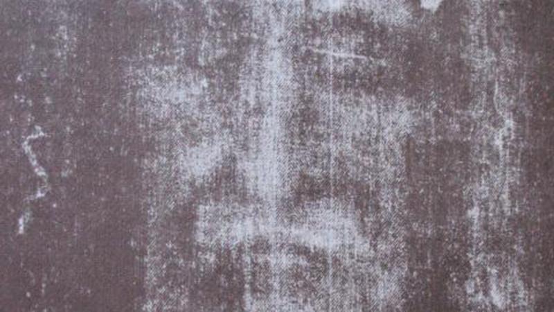 Il volto sulla Sacra Sindone