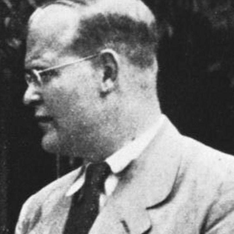 A settanta anni dalla morte di Dietrich Bonhoeffer – Paura dell'infinito « catt.ch - Bundesarchiv_Bild_146-1987-074-16_Dietrich_Bonhoeffer-800x800