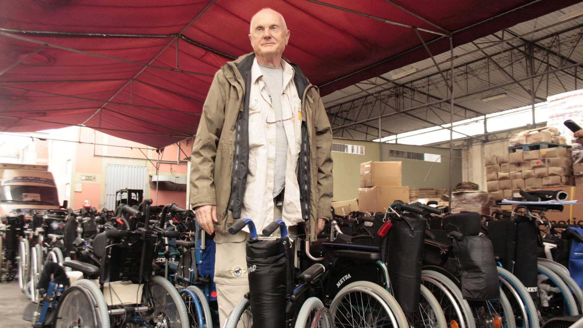 Sedie A Rotelle Per I Disabili Pi Poveri Tra I Poveri
