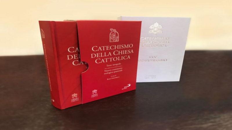 Il Catechismo della Chiesa Cattolica è stato approvato da San Giovanni Paolo II nel 1997