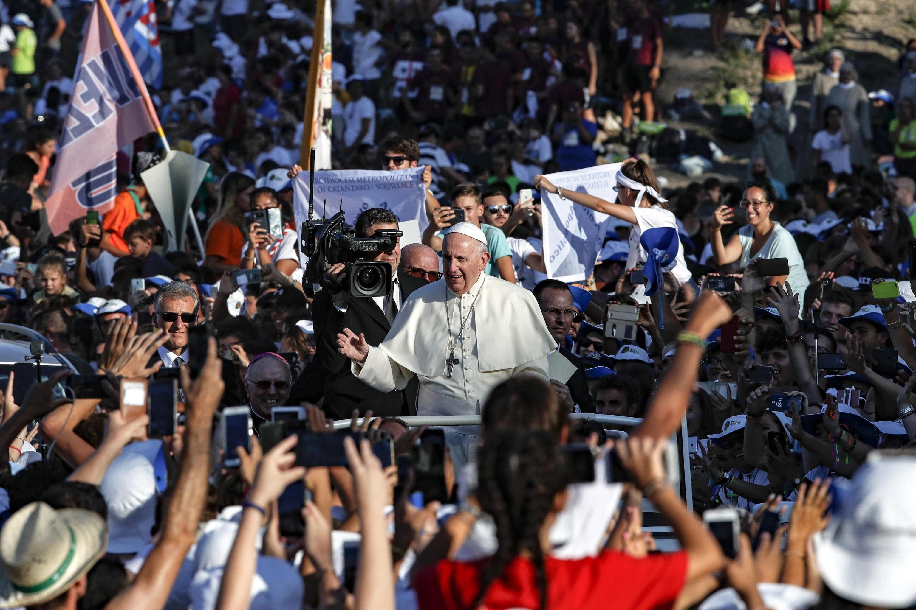 900c05b799 Il Papa ai giovani: Dio vi ama e la Chiesa ha bisogno di voi - catt.ch