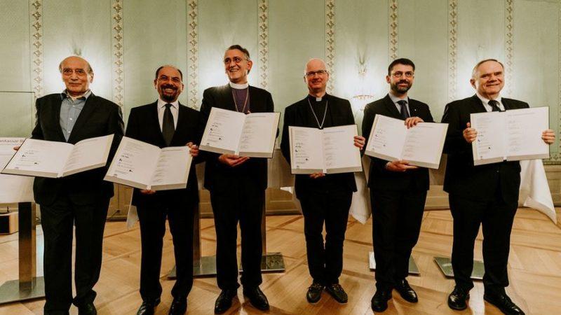 I rappresentanti religiosi firmatari della Dichiarazione.