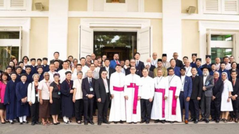Singapore: incontro leader cristiani e taoisti presso la cattedrale del Buon Pastore