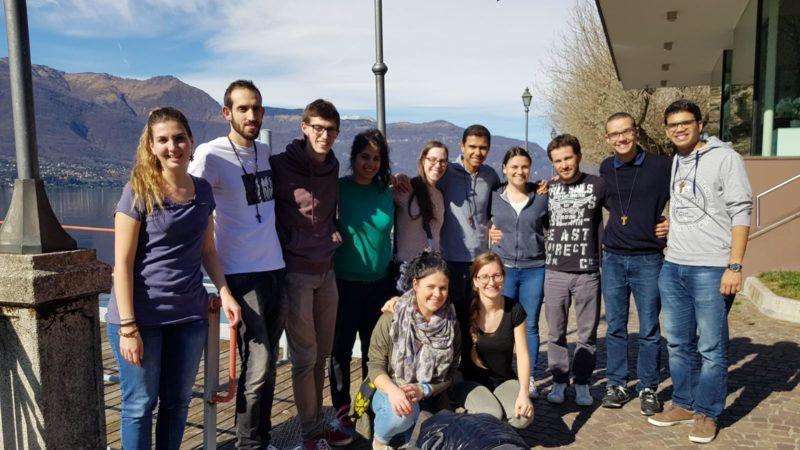 Il gruppo di giovani della Diocesi che ha partecipato al ritiro spirituale.
