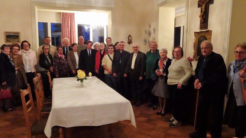 I soci del Serra Club di Lugano durante la festa di mercoledì 15 maggio.