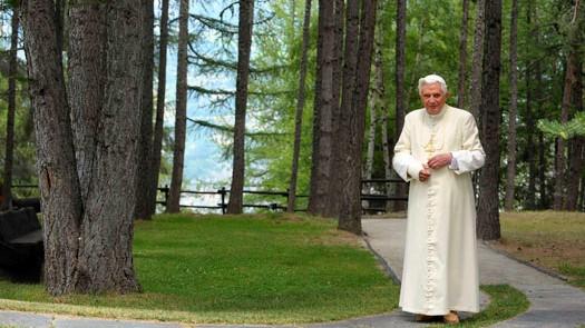 Papa Benedetto XVI a Les Combes