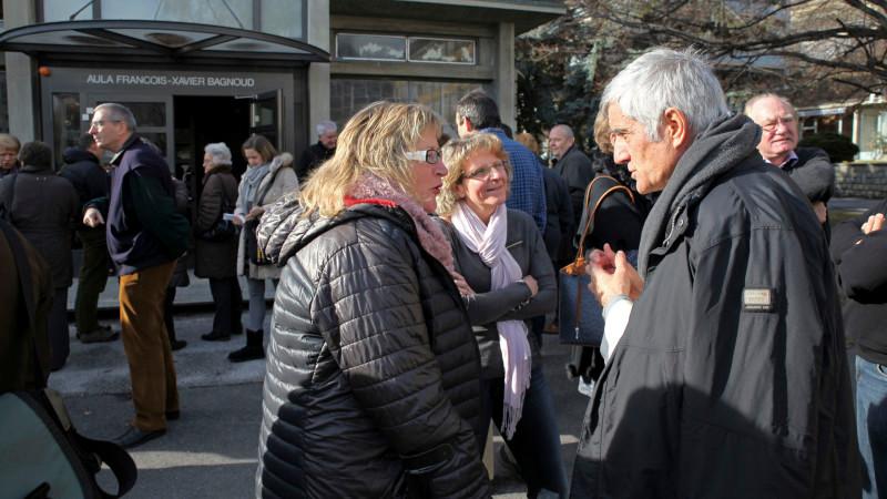 Bischof Jean-Marie Lovey mit Pfarreiratsmitgliedern des Bistums Sitten   © 2016 Bernard Hallet