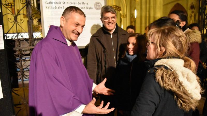 Le Père Jacques Mourad à la cathédrale Saint-Nicolas de Fribourg en décembre 2015 (Photo:  Jacques Berset)