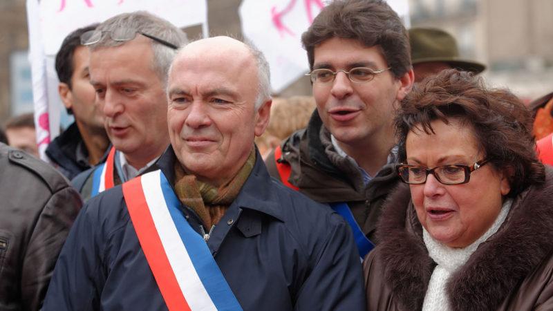 Le député français Marc Le Fur, pendant le Manif pour tous, à Paris, en janvier 2013. (Photo: Wikimedia Commons/Marie-Lan Nguyen/CC BY 2.5)